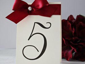 Номер за маса Романс. Изработен от луксозен перлен картон