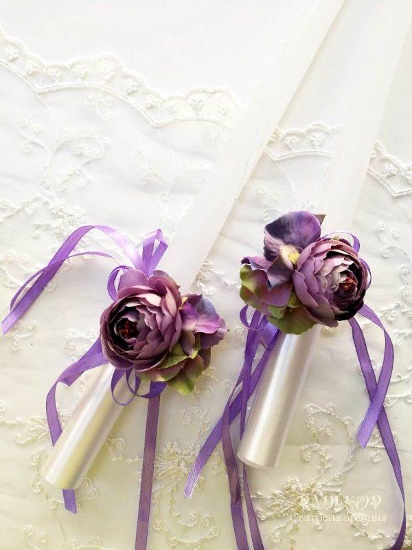 Ритуални сватбени свещи за венчавка.