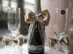 Сватбено шампанско и украса за чаши Айвъри - лешник