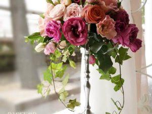 Декорация за маса от естествени цветя