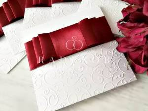 Покани за сватба Стил в цвят бордо. Луксозни сватбени покани.