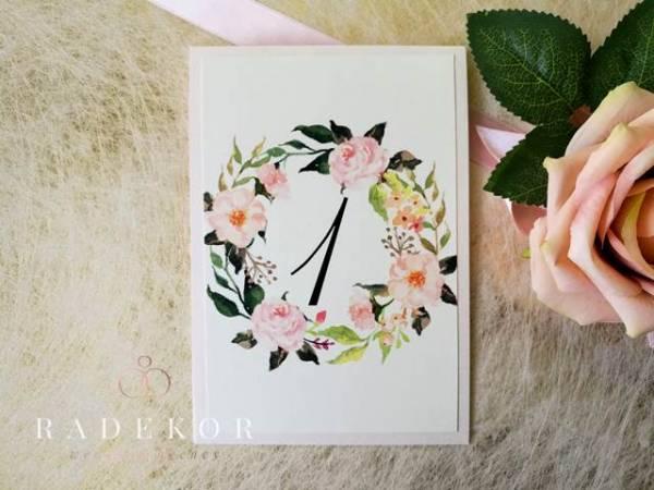 Номера за маси Изабелас акварелни божури и рози